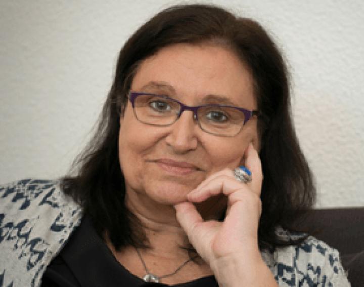 Dra. Claudina Jové